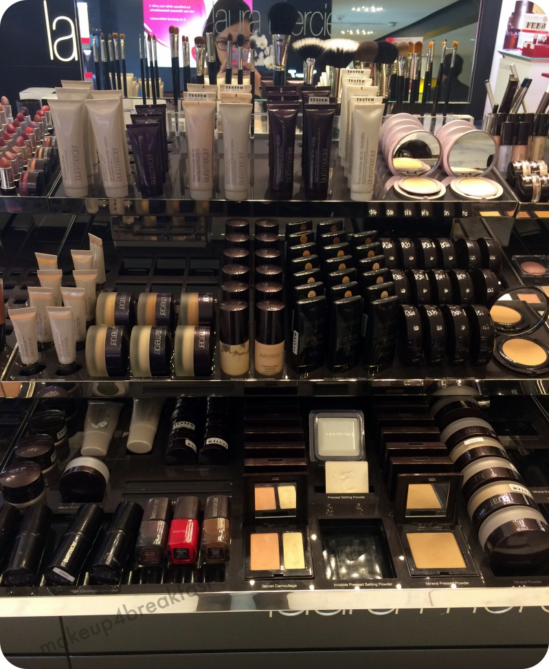 It's MAKEOVER TIME with Laura Mercier